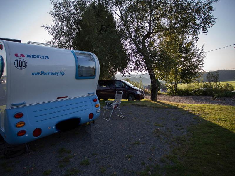 urlaub mit dem wohnwagen oder wohnmobil campingpark im bergischen land. Black Bedroom Furniture Sets. Home Design Ideas